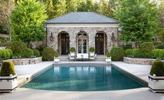 Fairfieldpool and cabana Garden Grounds Patio Pool by Howard Design Studio Outdoor Areas, Outdoor Rooms, Outdoor Living, Pool House Designs, Swimming Pool Designs, Piscina Interior, Pool Cabana, Design Jardin, Terrace Design