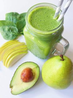 Green smoothie recipes 408138784982555041 - Pear, Vanilla, Avocado & Spinach Smoothie – The Dish On Healthy Source by Avocado Smoothie, Spinach Smoothie Recipes, Avocado Juice, Pear Smoothie, Juice Smoothie, Fruit Smoothies, Healthy Smoothies, Healthy Drinks, Healthy Eating