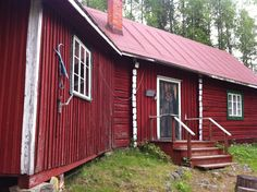 Ilmari Kianto, a Finnish author. He spent his summers here after both of his big houses, Turjanlinna x burned down. Nordic Design, Big Houses, Finland, Shed, Author, Outdoor Structures, Adventure, Landscape, Large Homes