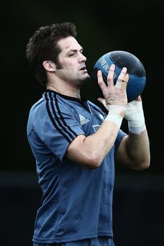 Richie Mccaw Photos: New Zealand All Blacks Training Session