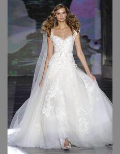 Ellie Saab, My wedding dress.