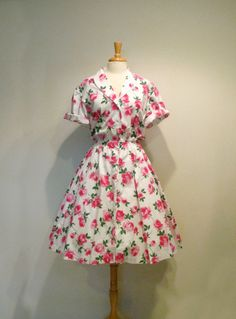Vintage Pink Roses Button Up Day Dress by tobedetermined on Etsy, $54.00