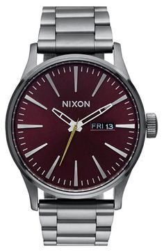 Free shipping and returns on Nixon 'Sentry' Bracelet Watch, 42mm at Nordstrom.com. A bright, clean dial tops a sleek watch cast in a classic brushed patina and set on a sharp link bracelet.