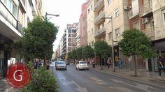 GRANADA | CENTRO | Calle Recogidas, de espaldas a calle Martínez Campos, mirando hacia Puerta Real.