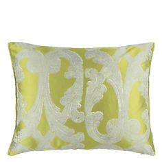 Designers Guild create inspirational home décor collections and interior furnishings including fabrics, wallpaper, upholstery, homeware & accessories. Designers Guild, Bed Pillows, Cushions, Luxury Home Decor, Spring Colors, Colorful Interiors, Upholstery, House Design, Interior Design