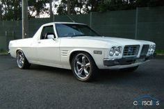1972 Holden HQ Ute, with Caprice grill Custom Muscle Cars, Custom Cars, Sexy Cars, Hot Cars, Australian Ute, Singer Cars, Holden Kingswood, Hq Holden, Holden Monaro