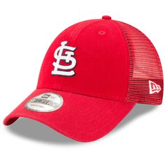 St. Louis Cardinals New Era Trucker 9FORTY Adjustable Snapback Hat - Red.  Gorras TruckerGorras SnapbackHombresSombreros ... 4ff38e23a85