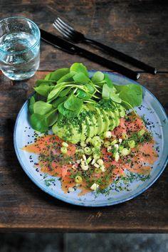 Salmon Avocado, Smoked Salmon, Tapas, Keto Recipes, Healthy Recipes, Healthy Fats, Food Inspiration, Good Food, Easy Meals