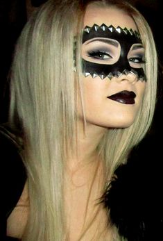 CHIC HOLIDAY l Halloween l Studded makeup mask http://iiea.blogg.se/category/make-up-naglar-2010-tips-looks-produkter.html