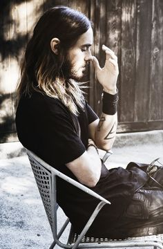 Jared Leto - possibly one of my fave pics of Jared. There's so much emotion...