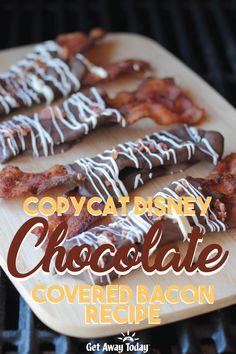 This Copycat Disney Chocolate Covered Bacon Recipe Bacon is going to rock your world. The combination of salty bacon with sweet rich chocolate is unreal. Go on and get cooking. Chocolate Covered Bacon, Bacon Chocolate, Chocolate Covered Pineapple, Chocolate Covered Blueberries, Gluten Free Puff Pastry, Candied Bacon, Bacon Recipes, Copycat Recipes, Food Themes