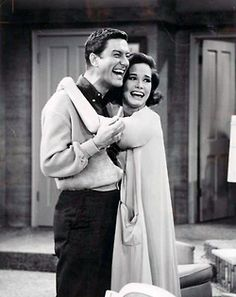 Such cuties! I want love like this <3  -The Dick Van Dyke Show