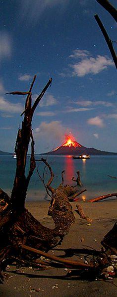 Anak Krakatau Volcano Eruption By Marco Fulle #volcano #indonesia