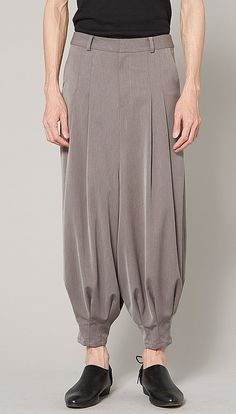 Relaxed Trouser with Soft Pleats by VivacitaShop on Etsy Fashion Pants, Fashion Outfits, Dress Neck Designs, Pants For Women, Clothes For Women, Skirt Pants, Aesthetic Clothes, Lounge Wear, Kids Outfits
