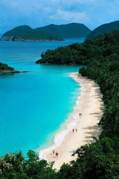 Trunk Bay, St. John, US Virgin Islands.