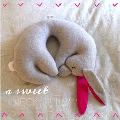 Cutest Travel Pillow | Diana Elizabeth
