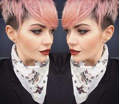 Pink frisur kurz