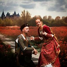 Don't we look like Cesare and Lucrezia Borgia? Costumes made by Angela Mombers. Picture by Adriaan Kastelijn Historical Costume, Historical Clothing, Lucrezia Borgia, Plantagenet, Fantasy Costumes, Medieval Fashion, Lancaster, Playing Dress Up, Tudor