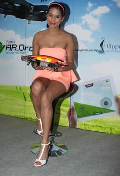 Poonam Pandey hot stills Launches Parrot A R Drone 2.0