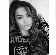 Eat, Sleep, Breathe, RAIDERS Okland Raiders, Raiders Girl, Oakland Raiders Wallpapers, Oakland Raiders Football, Raiders Cheerleaders, Chola Style, Gangsta Girl, Classy Women, Real Women