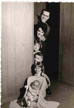 cute vintage family shot,  via Flickr