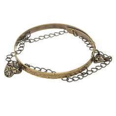 This whimsical chain bangle bracelet jangles with an earthy vibe and features the Dulce Vida Collection by TierraCast.