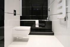 Czarno-biała łazienka. Zobaczcie pomysły projektantów  - zdjęcie numer 1 Toilet Paper, Bathroom, Home Decor, Glamour, Google, Projects, Washroom, Decoration Home, Room Decor