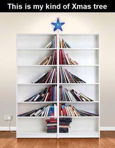 Biblioteca organizada para Navidad...MPS