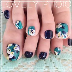 #nail #summer #shell #navey #blue #flower #studs