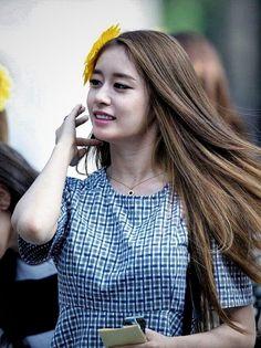 T Ara Jiyeon, Korean Star, Korean Beauty, Dreadlocks, Long Hair Styles, Tops, Google, Women, Park