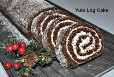 A Buche de Noel - The Yule Log Cake How do you start a new tradition? We're celebrating as the French do by trying this Yule Log Cake recipe. Who doesn't love chocolate cake? Chocolate Yule Log Recipe, Chocolate Log, Chocolate Roll Cake, Chocolate Desserts, Christmas Yule Log, Christmas Desserts, Christmas Baking, Christmas Recipes, Christmas Foods