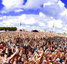 www.creamfields.com - official website of the UK's Number 1 Dance Festival