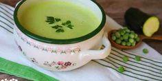 Krémová cuketovo-hrášková polievka - Tinkine recepty Minis, Tea Cups, Pudding, Tableware, Desserts, Food, Dinnerware, Meal, Custard Pudding