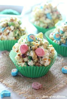 Make St. Patrick's Day even more fun with these yummy Popcorn Balls! They are full of sprinkles, marshmallow charms cereal, and are so fun and delicious!