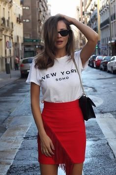 saia tshirt #skirtoutfits