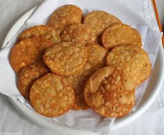 Thattai recipe | How to make crispy south Indian thattai at home