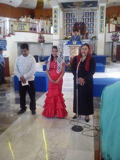 Presentación de la joven Betvirai López Osirnio en la iglesia de Acambay colonia hermosa provincia
