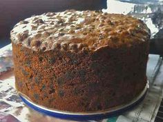 Hard to Beat this Traditional British Christmas Cake Recipe: Traditional Christmas Cake. In US known as fruit cake. Xmas Food, Christmas Cooking, Christmas Desserts, Christmas Cakes, Christmas Fruit Cake Recipe, Christmas Recipes, Cupcakes, Cupcake Cakes, Fruit Cakes