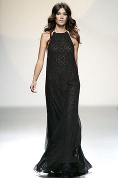 Teresa Helbig Primavera Verano 2014 #MBFWM Female Fashion, Womens Fashion, What I Wore, Spain, Minimal, How To Make, How To Wear, Runway, Style Inspiration