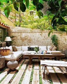 The Happiness of Having Yard Patios – Outdoor Patio Decor Cheap Patio Furniture, Pallet Garden Furniture, Outdoor Furniture Sets, Furniture Ideas, Furniture Movers, Furniture Design, Furniture Removal, Lounge Furniture, Furniture Storage