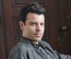 Jordan Knight, Pictures Of Jordans, Danny Wood, Tv Show Music, Donnie Wahlberg, Jordans Girls, New Kids, No One Loves Me, Music Bands