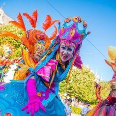 Tudtad, hogy Magyarország legnépszerűbb programkereső oldala Instagramon is jelen van? Kövess minket ott is! #szallas #fesztival #vasar #unnep #latnivalo #szabadido #kultura #csalad #gasztronomia #pihenes #mitcsinaljak #magyarorszag Night Show, Hungary, Little Ones, Carnival, Old Things, Princess Zelda, Fictional Characters, Instagram, Carnavals
