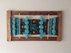 Telar enmarcado Tapestry Weaving, Loom Weaving, Simply Crochet, Crochet Skirts, Textiles, Weaving Projects, Textile Art, Fiber Art, Lana