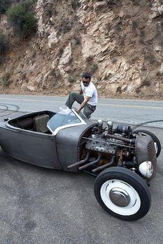 Cool old school flat head powered hot rod. Rat Rods, Buick, Chevrolet Camaro, Chevy, Carros Audi, Modern Hepburn, Traditional Hot Rod, T Bucket, Old School Cars
