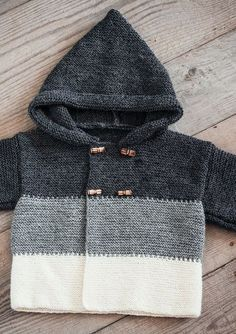 Baby Knitting Patterns Dress Mayflower Knitting Pattern - Baby Hoodie with stripes and buttons Baby Knitting Patterns, Baby Sweater Knitting Pattern, Knit Baby Sweaters, Boys Sweaters, Knitting For Kids, Free Knitting, Baby Hoodie, Baby Cardigan, Crochet Baby
