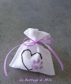 Sachet Bags, Sachets, Cross Stitch Finishing, Diy Wedding, Wedding Ideas, Handmade Accessories, Potpourri, Cross Stitching, Gifts For Women