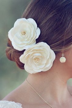 Wedding hair flower. Just one though.