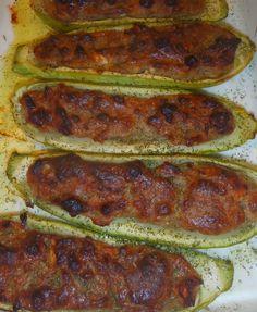 Carbassons farcits - Calabacines rellenos    Calabacines rellenos de carne a la bolonyesa    Las recetas  de verduras  rellenas  siempre  ...
