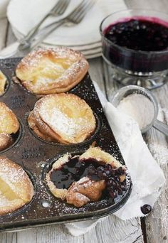 mini Dutch pancakes are not only deicious, they are easier to make than regular pancakes! Served with a warm blueberry sauce, they are a special and easy breakfast treat. Mini Dutch Pancakes with Warm Blueberry Sauce What's For Breakfast, Breakfast Dishes, Breakfast Recipes, Morning Breakfast, Sunday Morning, German Breakfast, Blueberry Breakfast, Blueberry Pancakes, Breakfast Pancakes