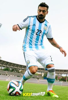 brazuca(桑巴荣耀)—2014FIFA世界杯官方比赛用球 © kitstown.com 球衫堂
